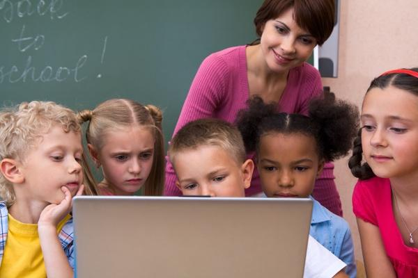 Why Technology is Inevitable in the Vision of a 21st Century School?