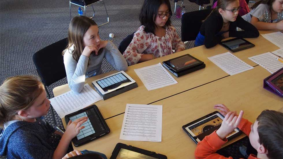 Improved Accessiblity with Mobile Technology in the Classroom