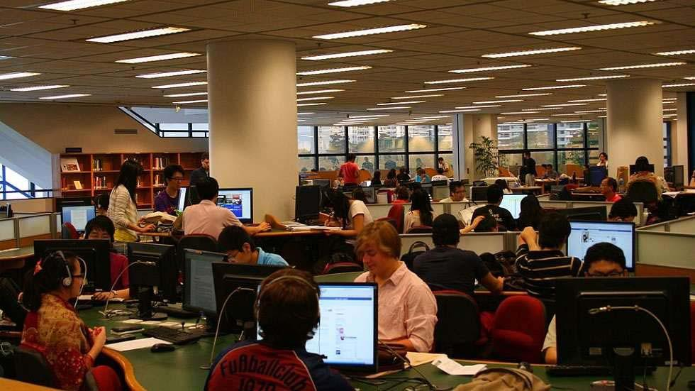 How Libraries Are Being Redefined With Technology Trends