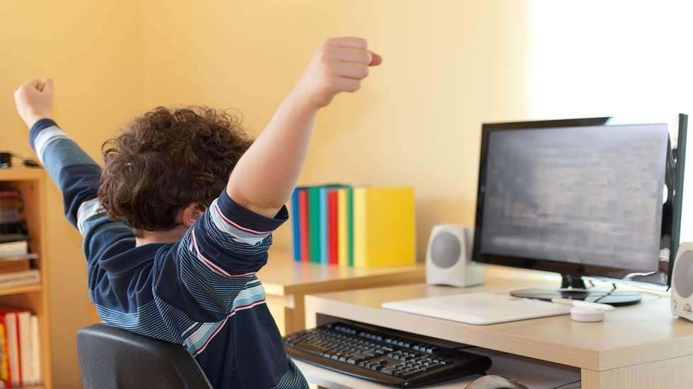 Eliciting Better Online Education Student Performance